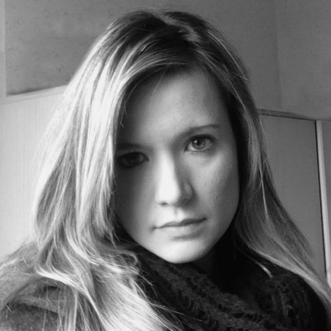 Ester Luzzeri - Social Media Manager